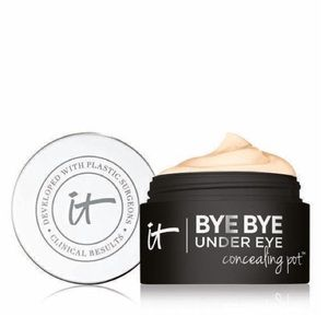 It Cosmetics byebye under eye concealer pot Medium
